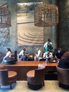 India_Starbucks_8887