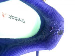 Reebok right shoe_6441