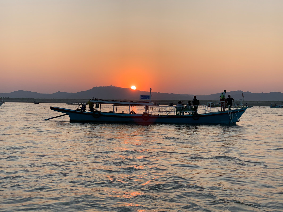 How is the Fantasia sunset boat trip in Bagan, Myanmar?